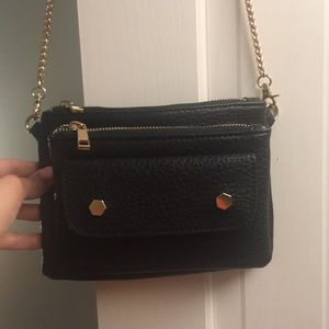 Handbags - Black crossbody